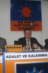 ak-parti-bandirma
