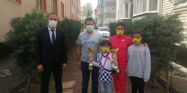 kareside 23 nisan online satranc turnuvasi heyecani bandirma.com.tr