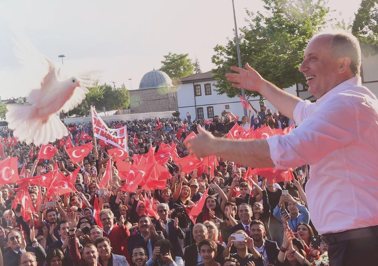 BANDIRMA'YA MUHARREM İNCE GELİYOR